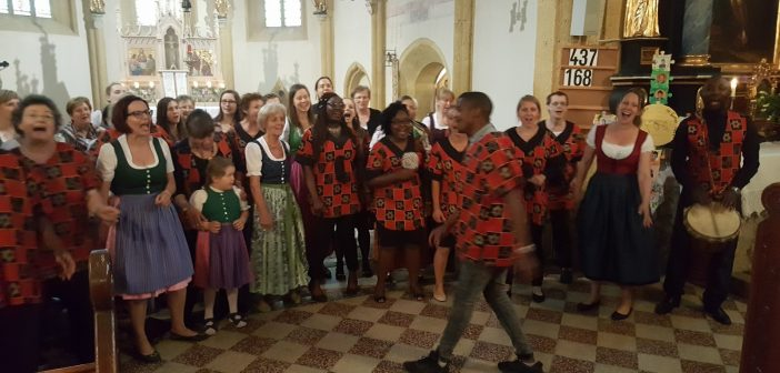 Vorabendmesse mit Afrikachor Manita aus Heidelberg