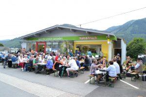 """Gut besuchtes Grillfest beim Verein """"Wir für unser Geschäft"""""""
